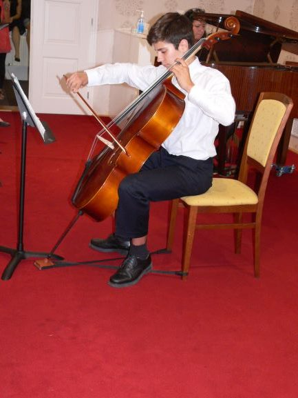 Koncert  ZUŠ v rámci Zámecké noci v Schoellerově sále